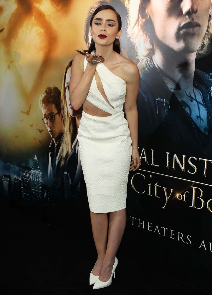 lily-collins-premiere-the-mortal-instruments-city-of-bones ...