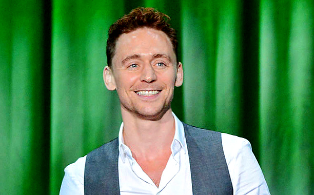 Skull Island Teaser Reveals King Kong Remake At Comic Con: Tom Hiddleston To Star In King Kong Spin Off